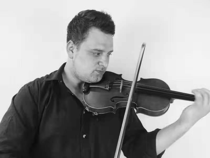 Patrick在室内交响乐团时期