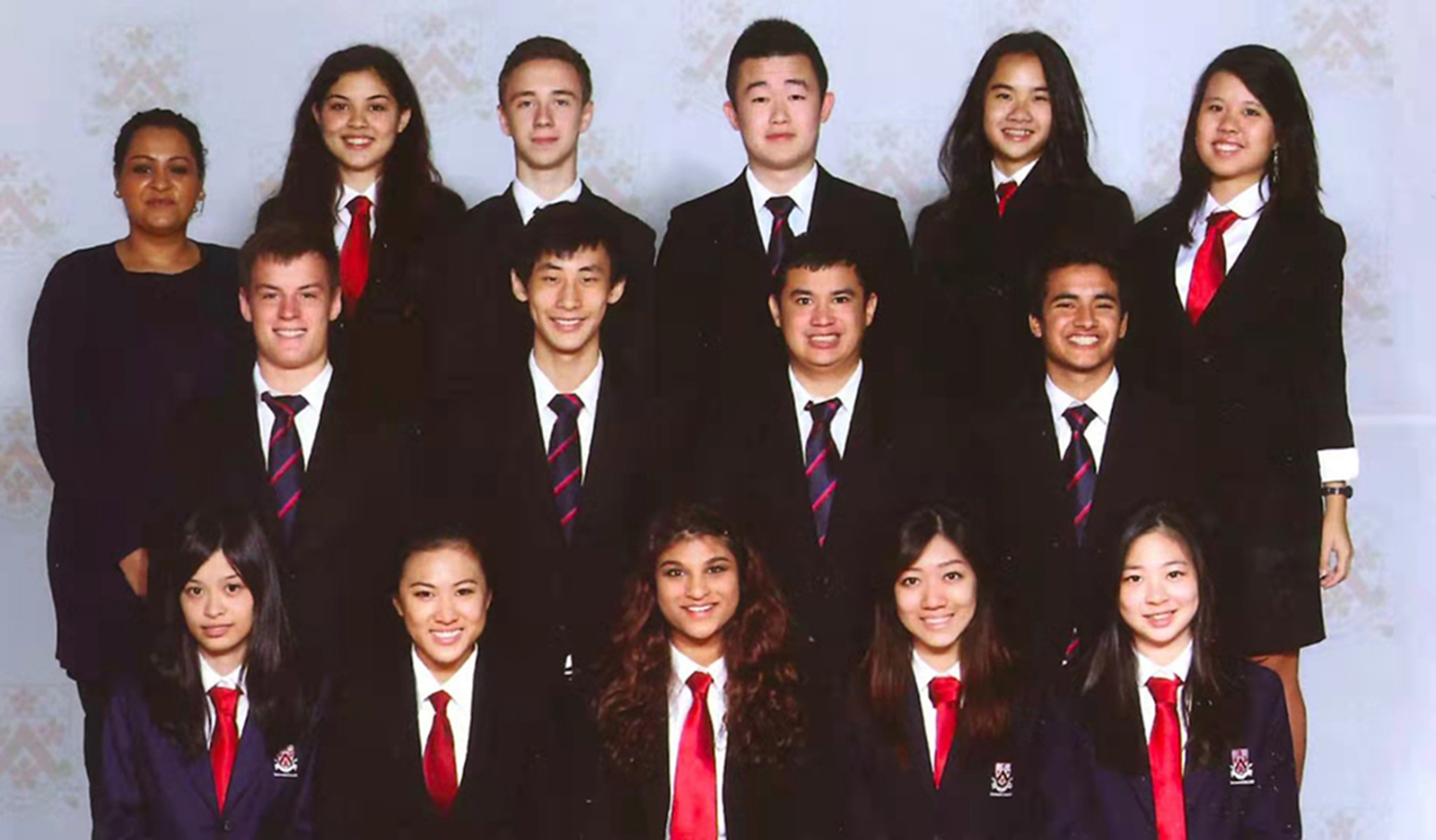 Monica's Year 13 class photo in Dulwich Pudong, 2013
