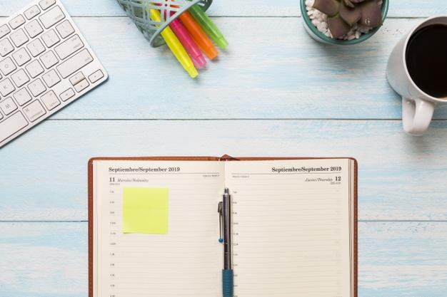 flat-lay-journal-desk-23-2148210414