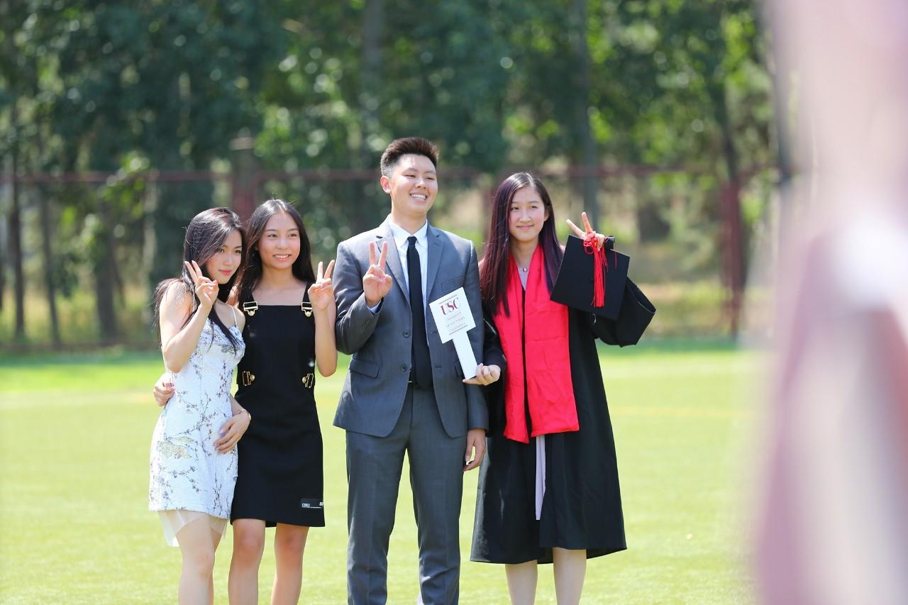graduates-1-北京德威英国国际学校-20200811-133423-881