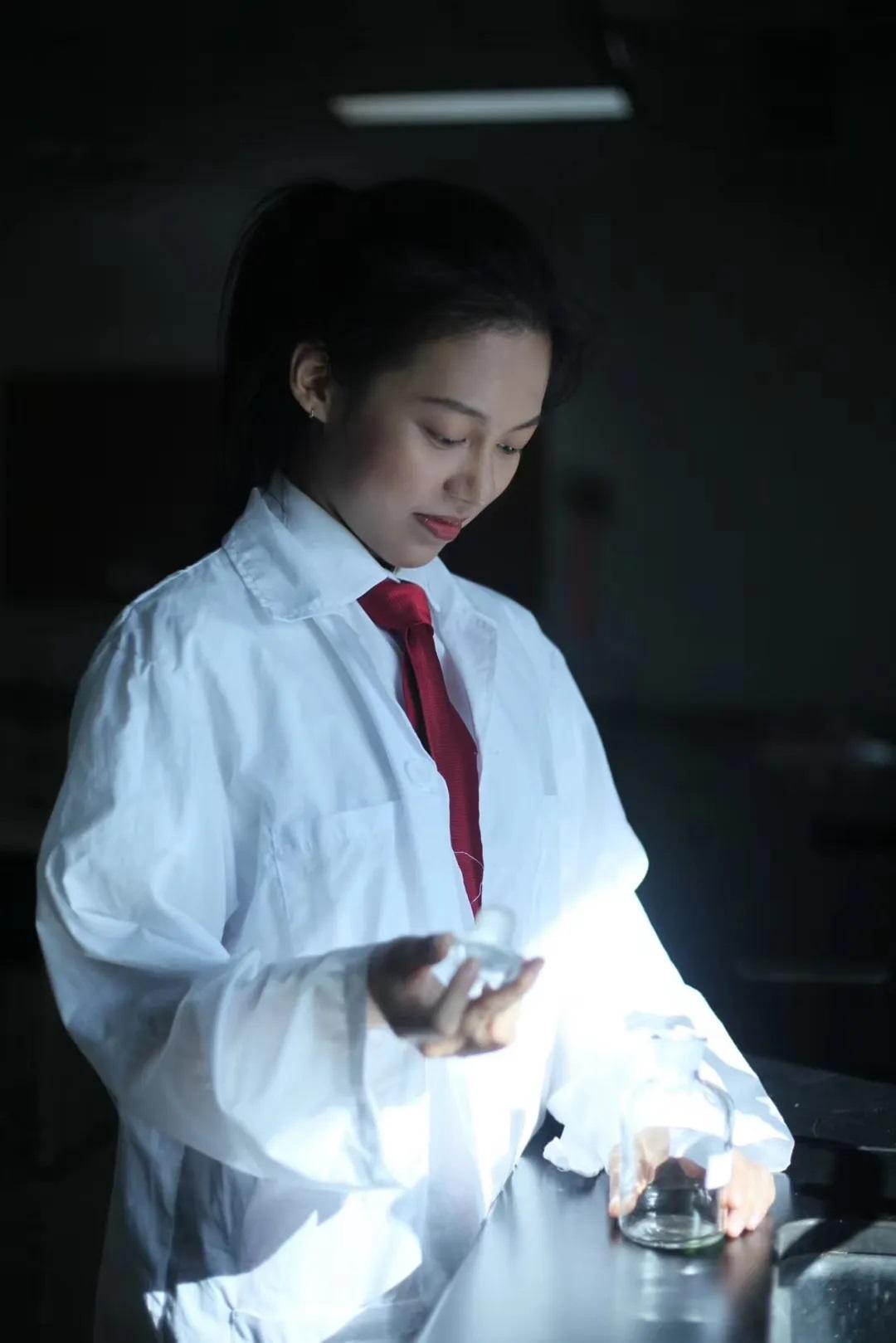pearl-studying-science-珠海德威国际高中-20200904-163238-355