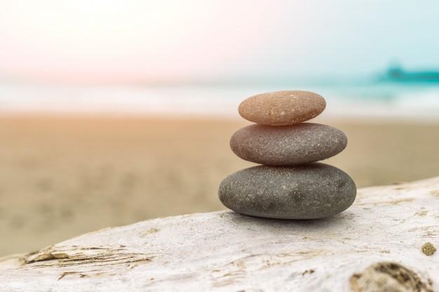 pile-stones-beach-1088-90-上海德威外籍人员子女学校(浦东)