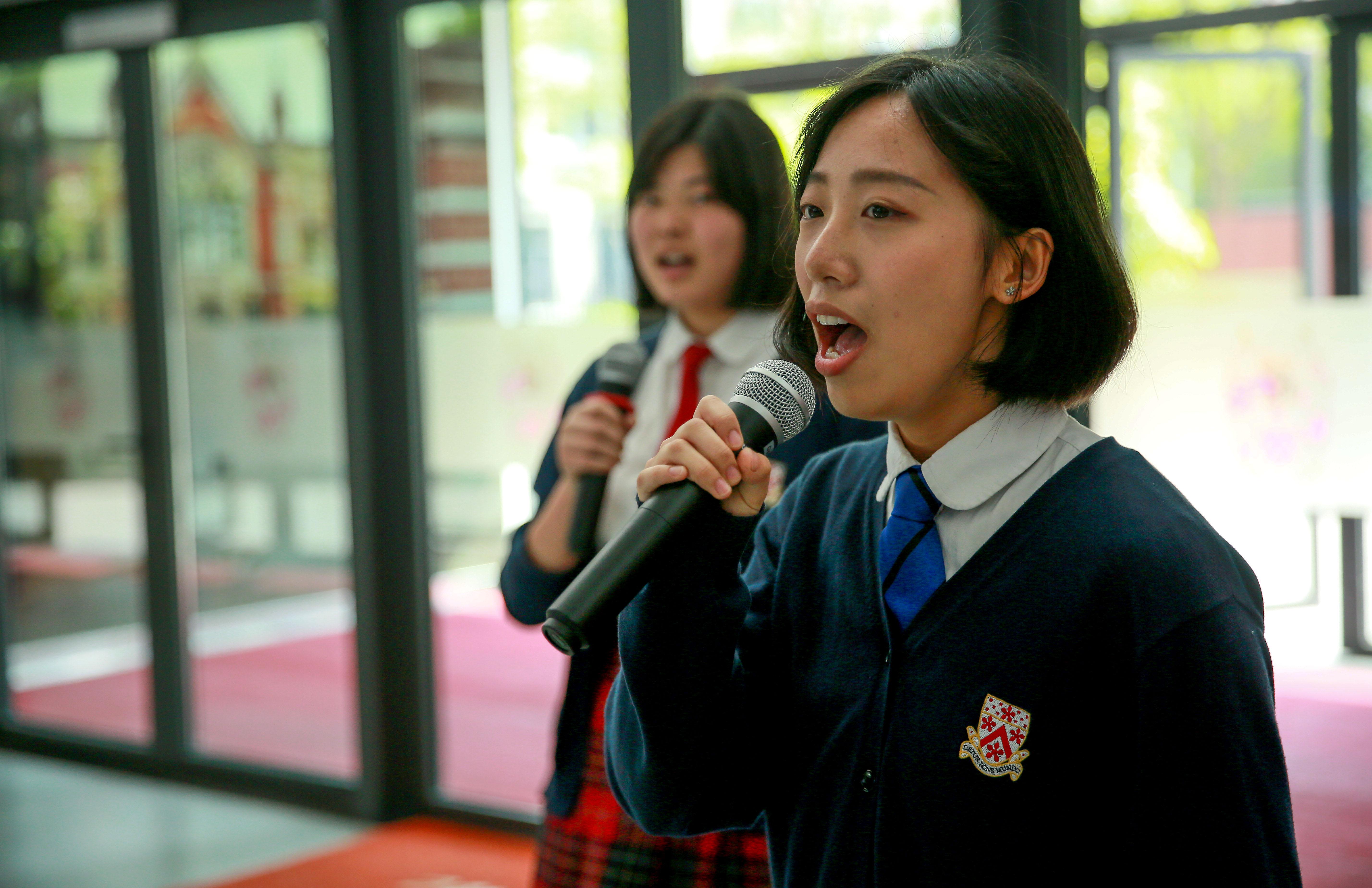 vocal-girls-Dulwich_International_High_School_Suzhou
