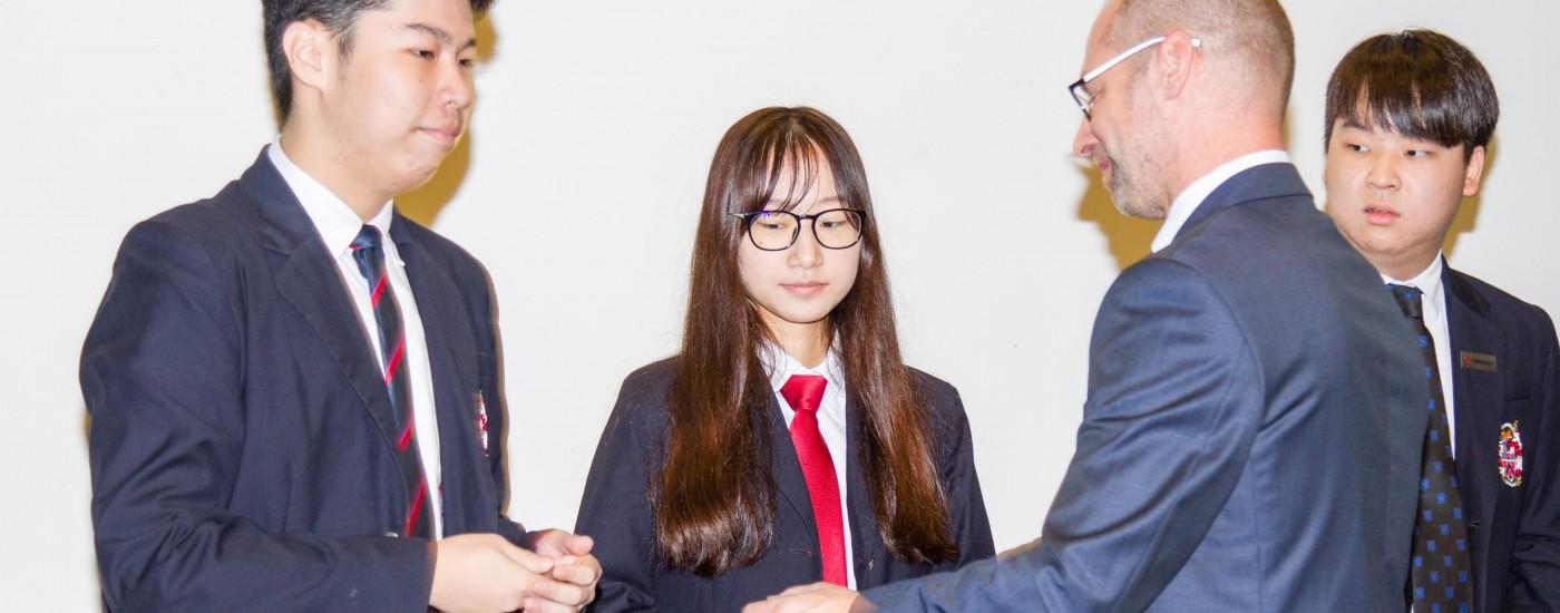 德威国际高中学生会