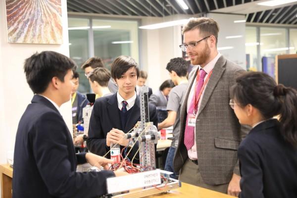 Dulwich Hosts First Tech Challenge Robotics Tournament