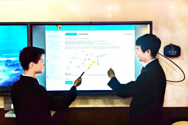 德威学子在国际计算机挑战赛