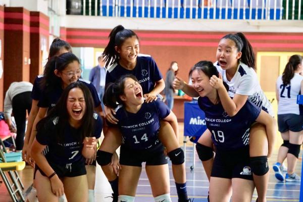DCB Varsity Girls Volleyball 2019