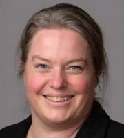 Alison Derbyshire女士